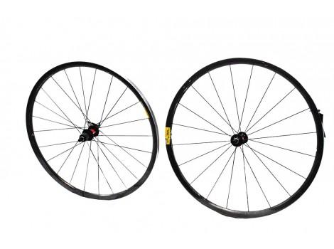 """Paire de roues vélo route Enve S.E.S 28 """" - Axe Av 9 x 100 - Axe AR 9 x 135"""